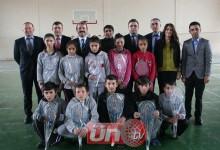 Akkuş Belediyesi'nden Badminton Yardımı
