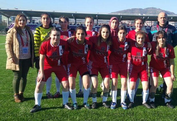 Ünye'nin Kadın Futbolcuları Yenilgiyle başladı!