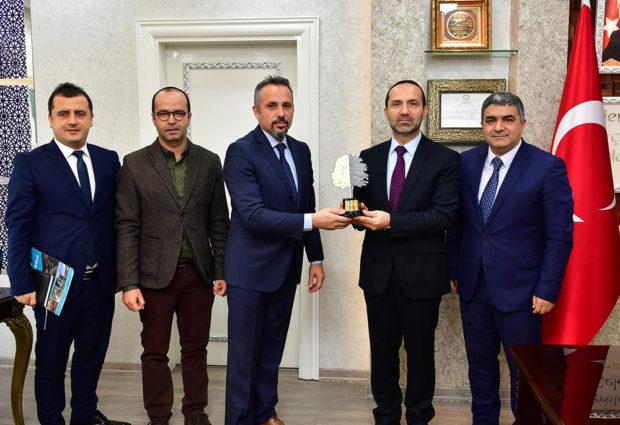 """""""Ünye Belediyesi Karadeniz'in En Yeşil Ofisi"""""""