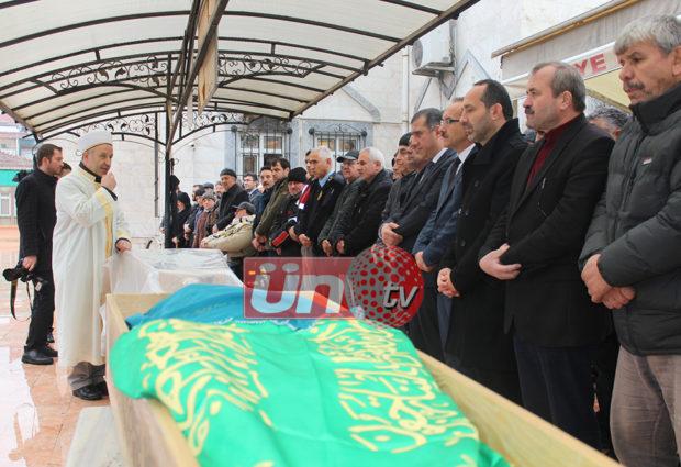 Başkan Kıroğlu Annesi Son Yolculuğuna Uğurlandı